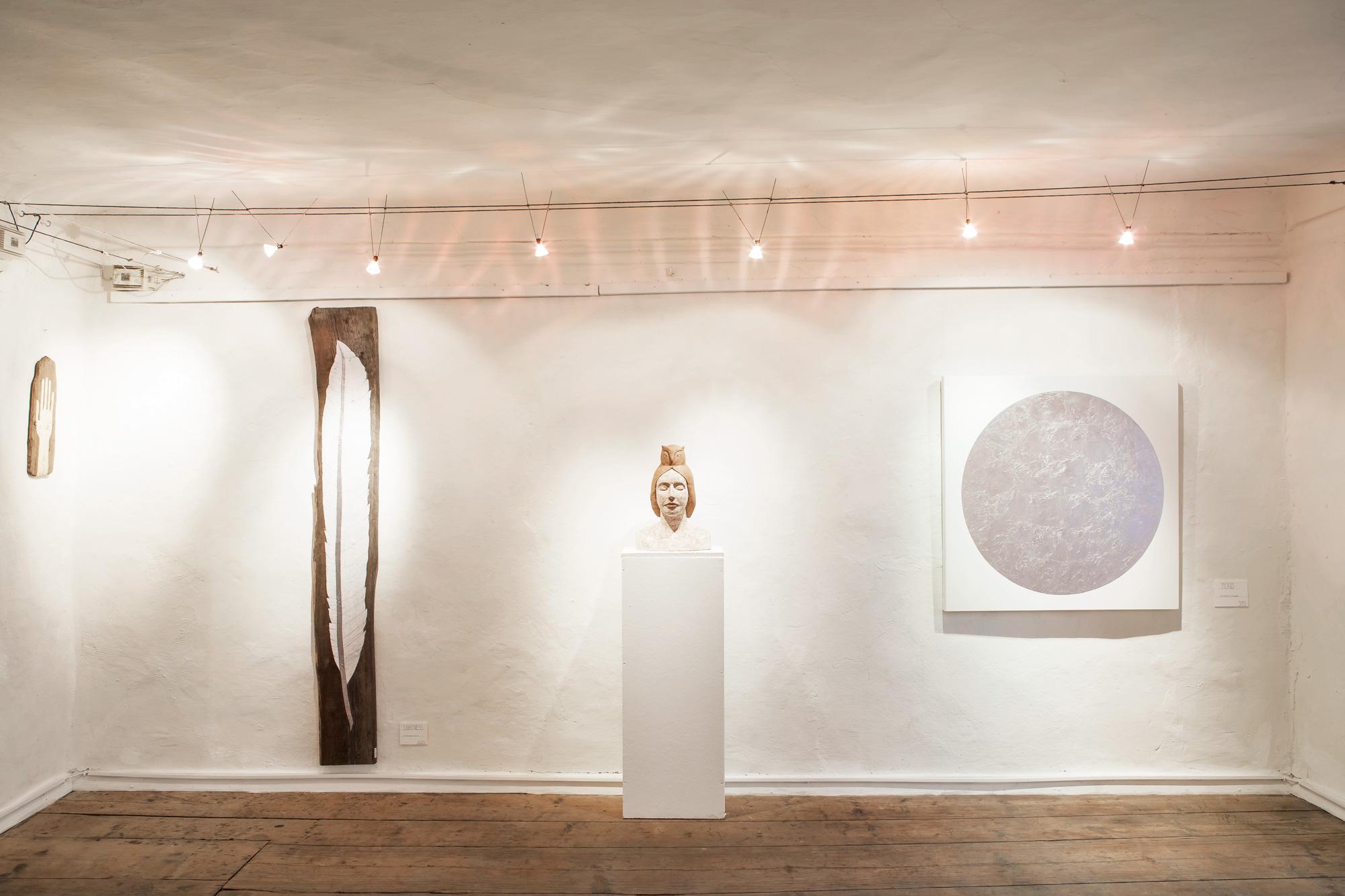 """Ausstellungsimpression: """"ZEICHEN UND WUNDER(N)"""". Einzelausstellung. KG Freiräume. Hallein bei Salzburg. 2014."""